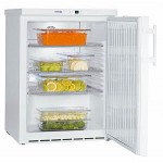 Хладилник за вграждане бяла стомана Liebherr