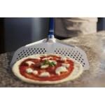 Лопата за пица Gi-Metal, перфорирана, 45х45, дръжка 60 см